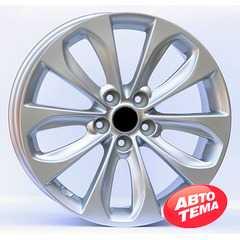 Купить Wheels Factory WHD3 SILVER R18 W7.5 PCD5x114.3 ET48 DIA67.1