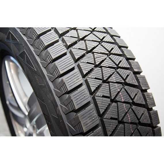 Купить Зимняя шина BRIDGESTONE Blizzak DM-V2 275/55R19 111T