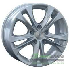 Купить REPLAY HND57 S R15 W5.5 PCD5x114.3 ET47 DIA67.1